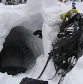 another look at my snowcave - who knew it'd be so warm?