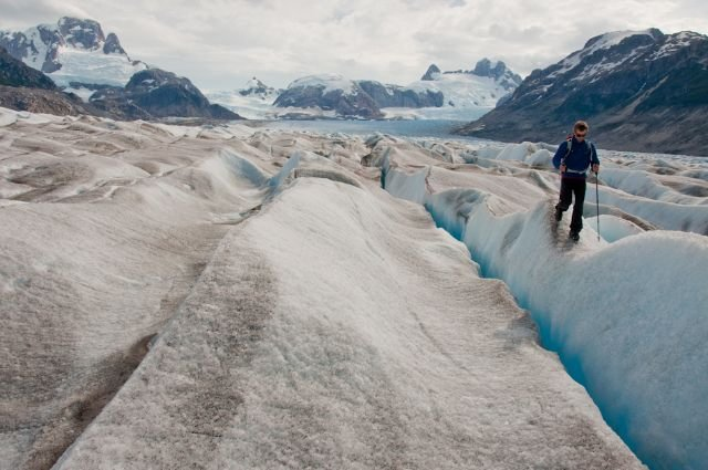 Timmy O'Neill walking the line on the Neff Glacier