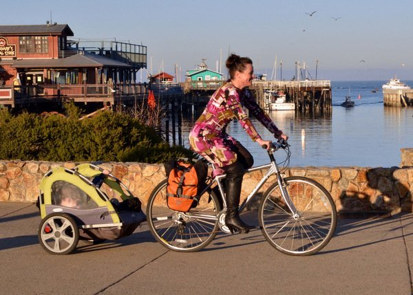 Ditch Your Car: This Mama Bikes in Heels  - Osprey Packs