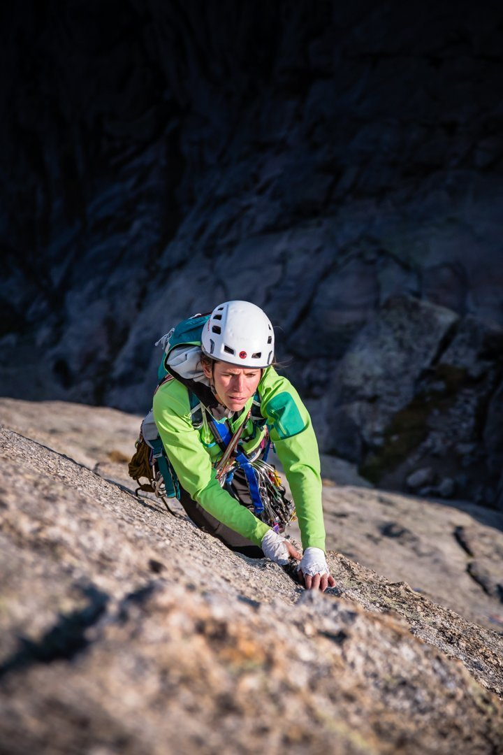 Julia Heemstra makes her way up Pingora's 'K-Cracks' - Cirque of the Towers in Wyoming's Wind River Range via Dan Holz