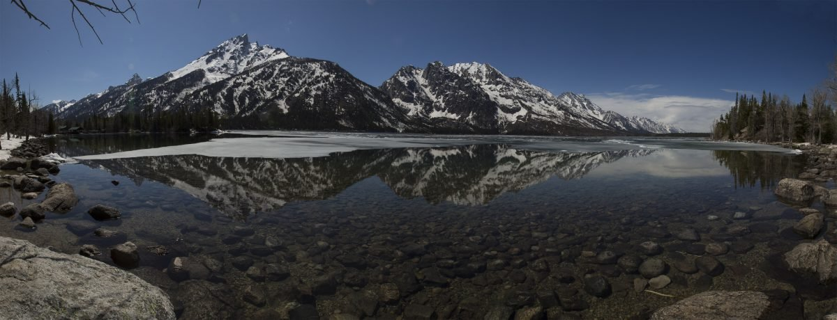The views at Jenny Lake will not disappoint. Image via Kyle Greenberg.