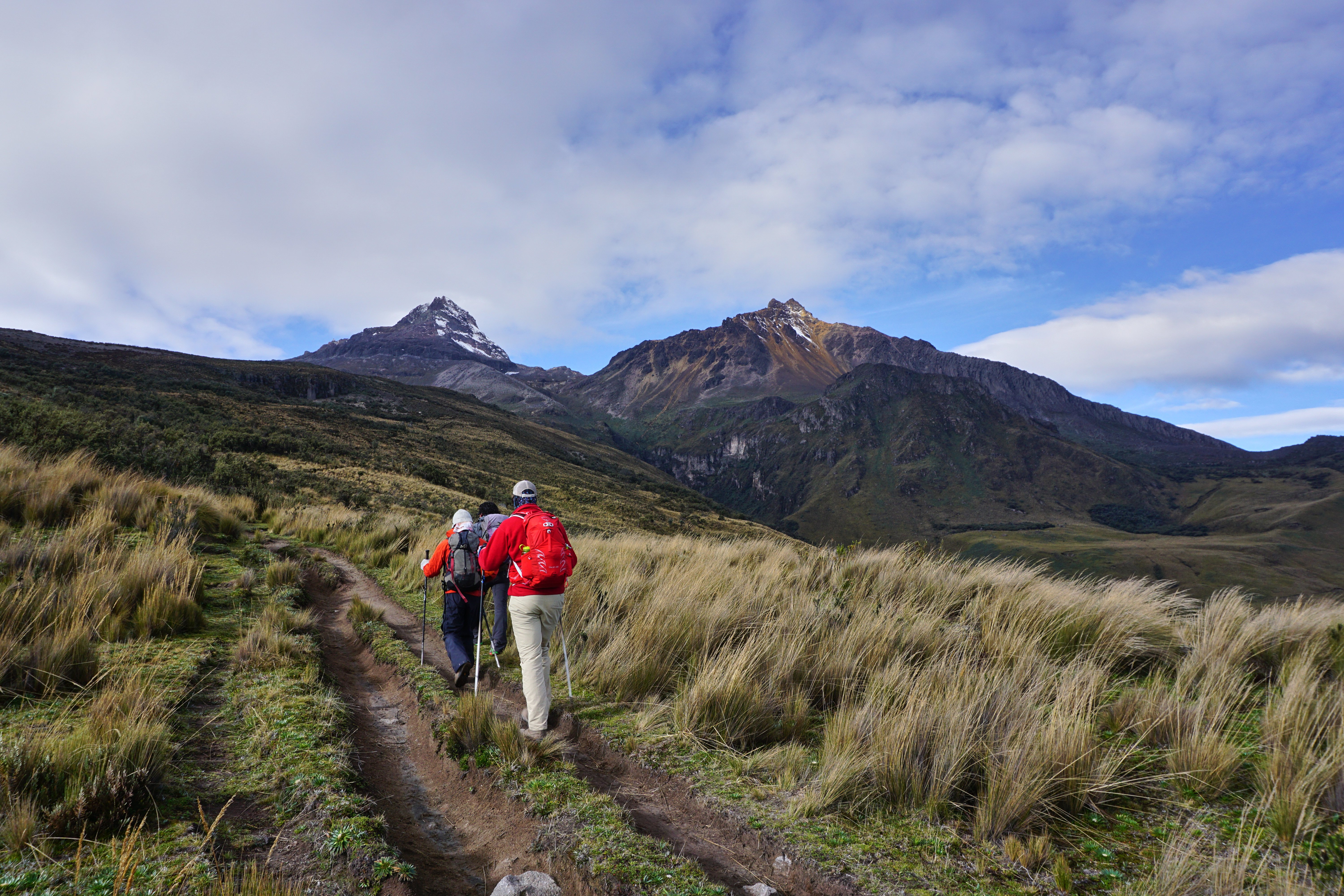 Scroll Saw Wilderness Falling Up Exploring Volcanoes In Ecuador Osprey Packs Experience Geoff Edgar And El Gato Starting The Hike To Illiniza Peaks We Summited North Right Peak A Blanket Of Clouds