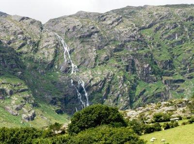 20170412_Ireland_Beara Way Waterfall_Hiking