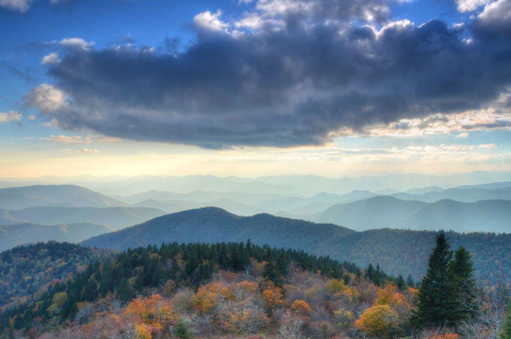 20170417_Alabama_cowee-mountain-overlook-blue-ridge-parkway